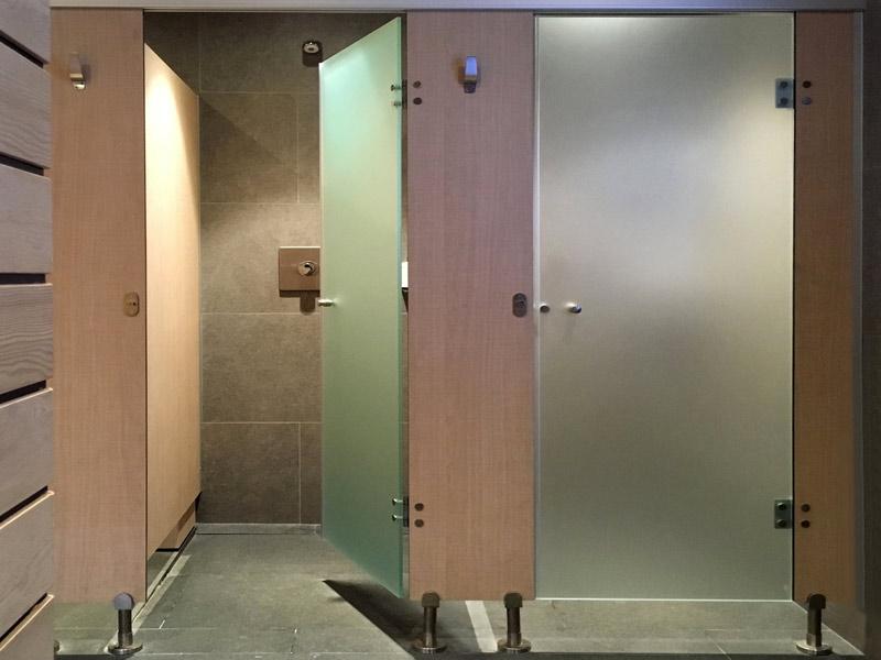 Cabinas de vidrio para duchas y wc
