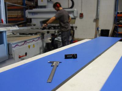 Trabajo de precisión en la fabricación de taquillas